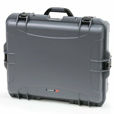 Nanuk 945 Hard Case with Padded Divider (Graphite)