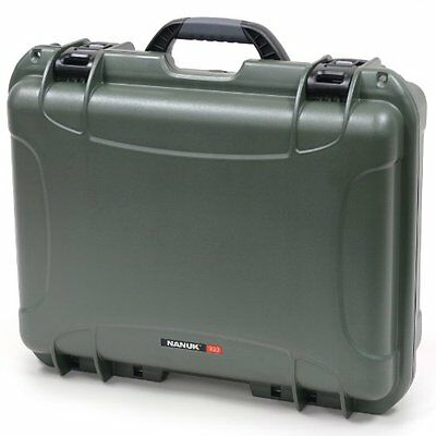 Nanuk 930 Hard Case with Padded Divider (Olive)