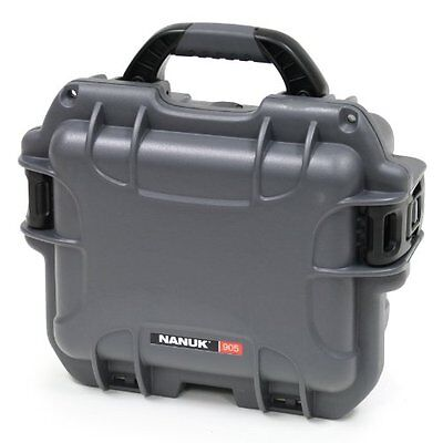 Nanuk 905 Hard Case with Padded Divider (Graphite)