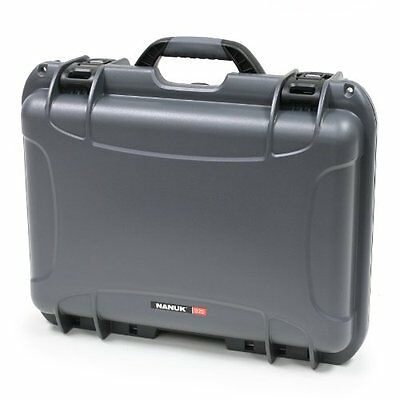 Nanuk 925 Hard Case with Padded Divider -Graphite
