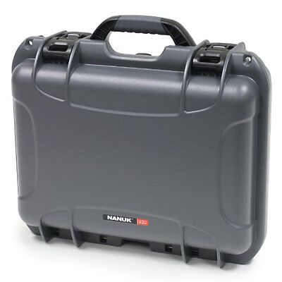 Nanuk 920 Hard Case with Padded Divider (Graphite)