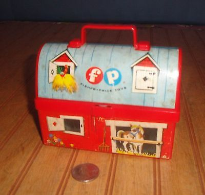 Vintage 1962 Fisher Price Little People Miniature Lunch Box # 549 Barn