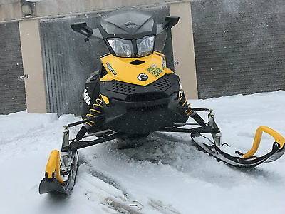 2012 SKI-DOO REV-XP AC 600cc - Excellent Condition - Low Miles - Includes Extras