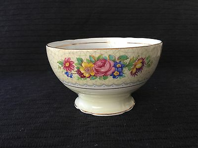 """Beautiful Vintage """"Brussels Lace"""" Sugar Bowl - Very Pretty Lovely Condition"""