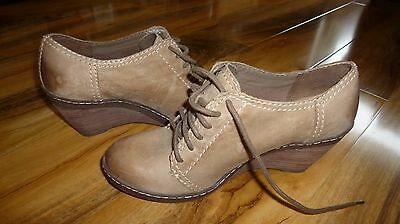 Clarks ladies shoes boots ankle leather softwear 5.5