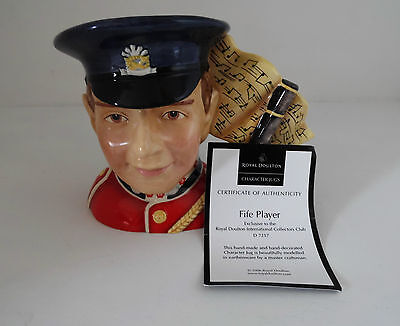 Royal Doulton Character Jug Fife Player D7217 Large With Cert
