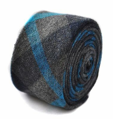 Frederick Thomas mens wool tweed tie in grey with blue check FT1814
