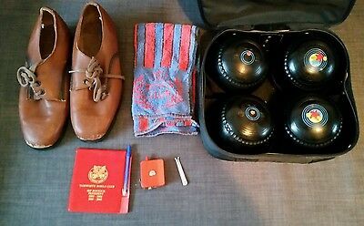 lawn bowls size 3 Greenmaster in the original carrier with all accessories