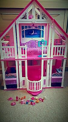 Barbie california dream house (collection only)