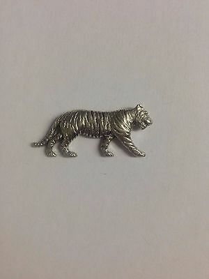 Code Q204 Tiger Made from Solid Fine English Pewter Pin Lapel badge