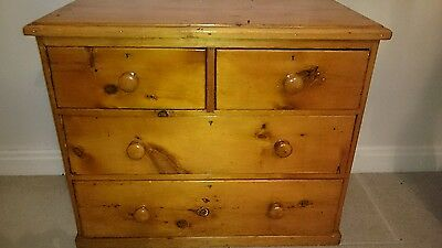 Antique 19th Century Pine Chest of Drawers