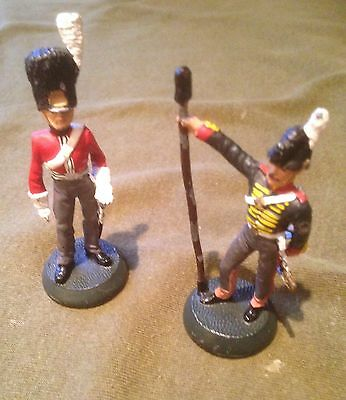 2 Almirall Palou Lead Soldiers Ref 029 And 025. 7 Cm High