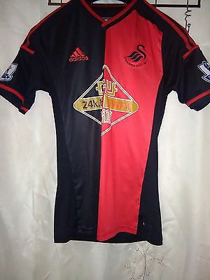 Size S mens Swansea city afc top