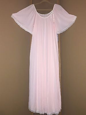 VINTAGE MISS ELAINE  Antron Nylon Nightgown PINK With Lace Size Md. NWT