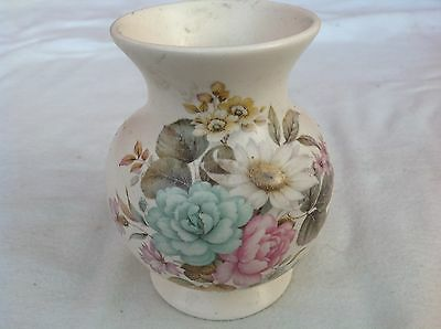 Purbeck Gifts, Poole - Small Floral Decoration Flower Vase