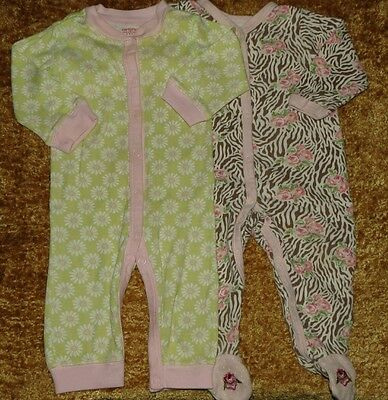 Lot Of 2 Baby Girl's Sleepers 6 Months Vitamins Baby Footed/carter's Footless