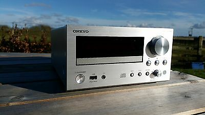 ONKYO Network CD Receiver Silver CR-N755 (S)
