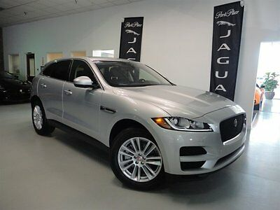 2017 Jaguar F-pace  2017 F-Pace 35t Prestige Satellite Radio 19 inch Wheels Panoramic Roof Bluetooth