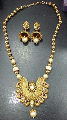 Bollywood Style Pendant Necklace Set Copper Gold / Red/white Stone Wid Earrings