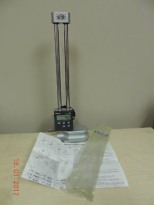 """Mitutoyo 12""""/0-300mm Digimatic Height Gage 192-630 - Used"""