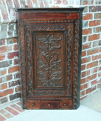 Antique English Highly Carved Oak Wall Hanging or Freestanding Corner Cabinet