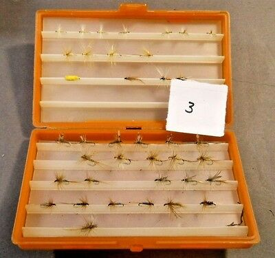Lot 38 Vintage Hand Tied Fly Fishing Lures Scientific Anglers Case Used Flies L3