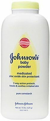 Johnson's Baby Powder, Medicated, 15 Ounce (Pack of 2)