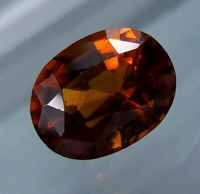 2.9 Cts. FANTASTIC! Natural Reddish Orange Hessonite Garnet 9.5x7.5 MM Oval Cut