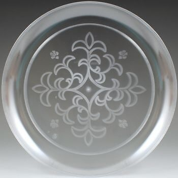"Sovereign Clear Plastic Plates Floral Etched 9"" (25 per Pack)"