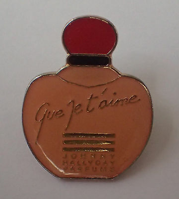 Pin's Que Je T'aime (Johnny Hallyday Parfums)