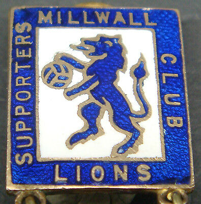 MILLWALL Very rare 1949 SUPPORTERS CLUB OFFICIALS Badge Maker GLADMAN & NORMAN