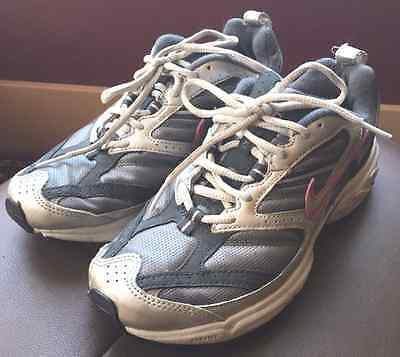 Nike Air Women's Size 7.5 Running Shoes:  gray/black/silver/pink
