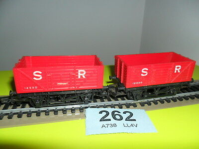 """Pair of Hornby OO gauge 7 plankopen wagons """"S&R"""" livery in red"""