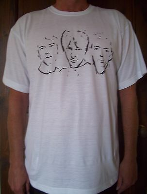The Jam unique designed brand new tee shirt size Large