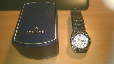 Men's Pulsar Divers Watch 200m with Rubber Strap