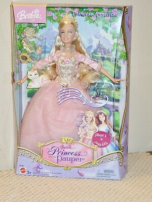 Barbie THE PRINCESS AND THE PAUPER ANNELIESE B5768 Singing Doll 2004 Mattel NRFB