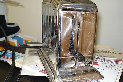 vintage Toastmaster working toaster