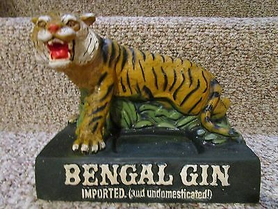 Bengal Gin Imported & Undomesticated Tiger Bar Bottle Display VINTAGE