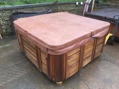 Catalina Spa Hot Tub 5 seat Lounger Hydrotherapy jets USA Working Can Deliver