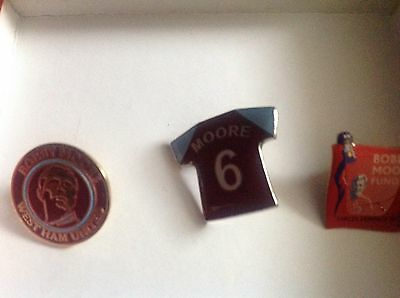 Bobby Moore Badges