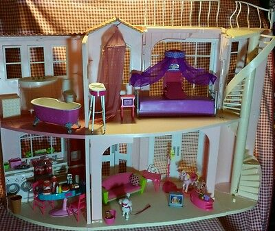 2006 Pink Barbie Dream House