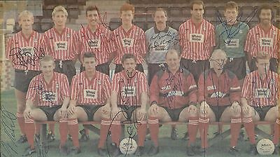 Football, Lincoln City, Magazine Photo Of 1989 Squad, Signed By 16 Of Them