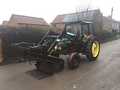 John Deere 1630 Tractor With Quickie Loader