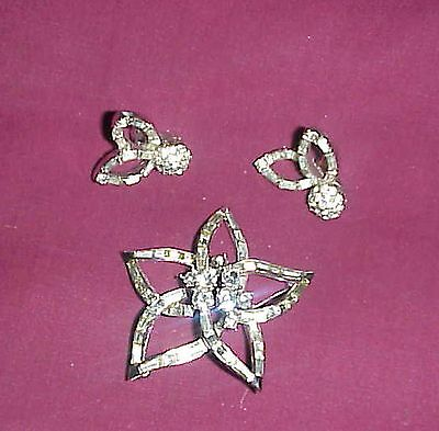 Stunning Dorlan Star Pin, Many Rhinestones, Matching Earrings/unique Shape