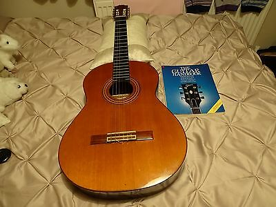 Acoustic Guitar with Ralph Denyer handbook