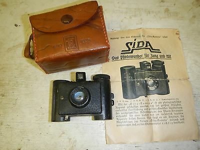 Vtg Sida Optik German cast metal subminiature camera + Instructions and Leather