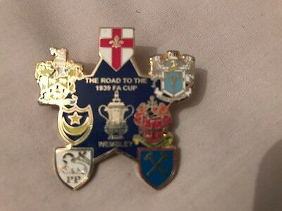 Portsmouth FC Pompey Road To The Fa Cup Final Winners Pin Badge 1939