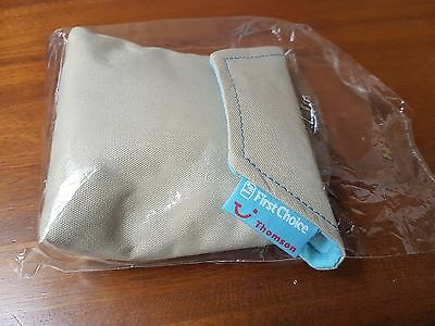 Thomson First Choice AIRLINES IN-FLIGHT FIRST CLASS TRAVEL AMENITY TOILETRY BAG