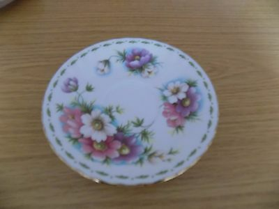 Royal Albert Flower of the Month Series - October  (Cosmos) Saucer