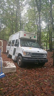 2002 ford econoline 350    ice cream truck/food or contractor truck